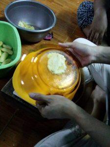pisang goreng penyet