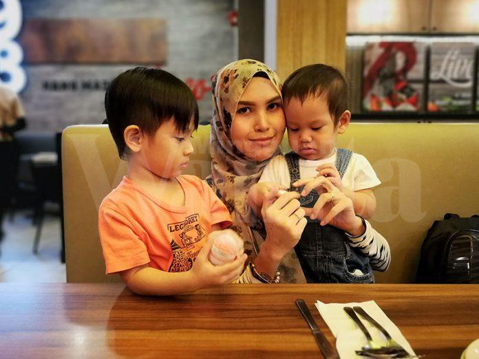 pantau perkembangan anak