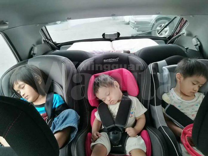 anak diam atas car seat