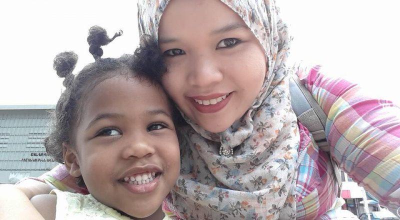 7 Panduan Bawa Anak Keluar Bila Mak Sendirian