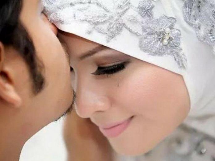 5 Gurau Senda Inilah Yang Suami Isteri Lupa Nak Buat, Walhal Inilah Amalan Rasulullah SAW