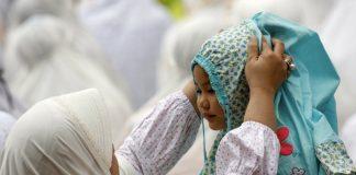 Bentuk Anak Perempuan Yang Manis Sikap Dengan 6 Didikan Ini