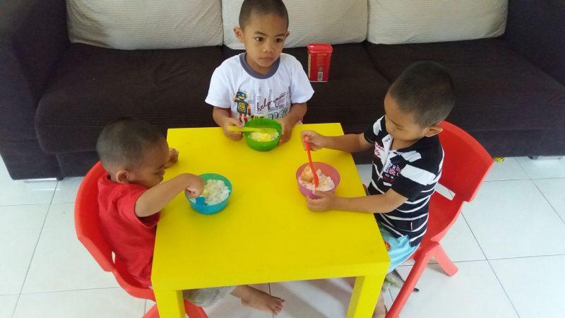 Anak Berebut Permainan Itu Biasa, Jadi Luar Biasa Bila Mak Ayah Boleh COOL Damaikan Mereka