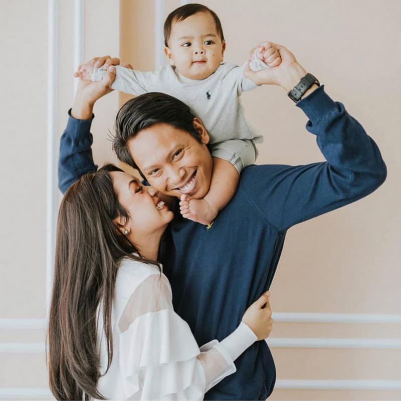 Walau Citarasa Tak Sama, Nad Zainal Dan Suami Saling Suka 'Each Other', Ini Buktinya