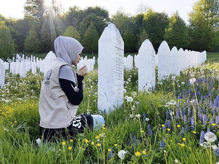 Walau Mengandung 10 Minggu, Diana Amir Tawakal Jalani Misi Ke Bosnia Selama 8 Hari