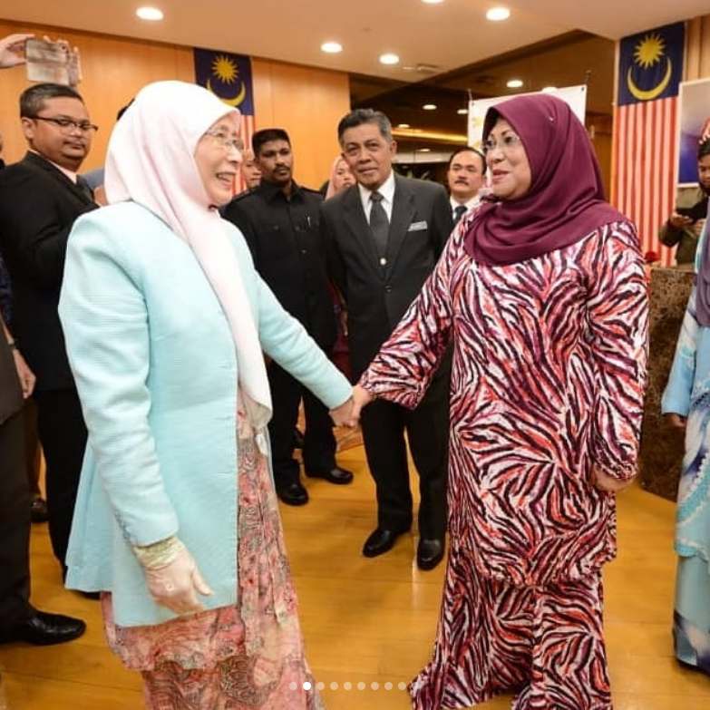Datuk Seri Rohani Serah Tugas, Datuk Seri Dr Wan Azizah Kongsi Berita Gembira 'Caruman Untuk Suri Rumah'
