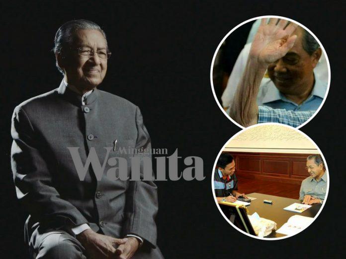 """""""Tengok Tangan Berkedut Ni, Itu Gambar Candid Tun Mahathir..' Bacalah, Ingatan Lelaki Ini Buat Hati Jadi Sebak"""