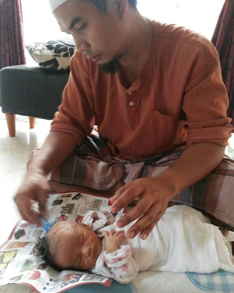 Selepas 10 Tahun Barulah Mak Ayah Ini Dapat Buat Aqiqah Sempurna, Sambut Kelahiran Anak Istimewanya