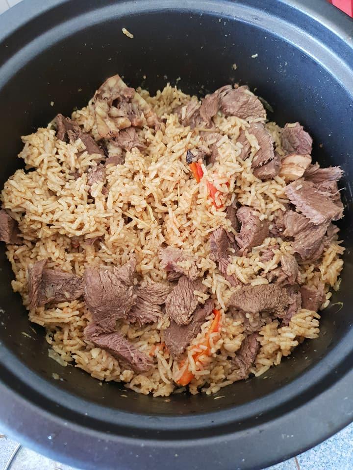 Nasi Daging Utara Makan Panas Panas Laki Panggil Pun Tak Perasan Mingguan Wanita