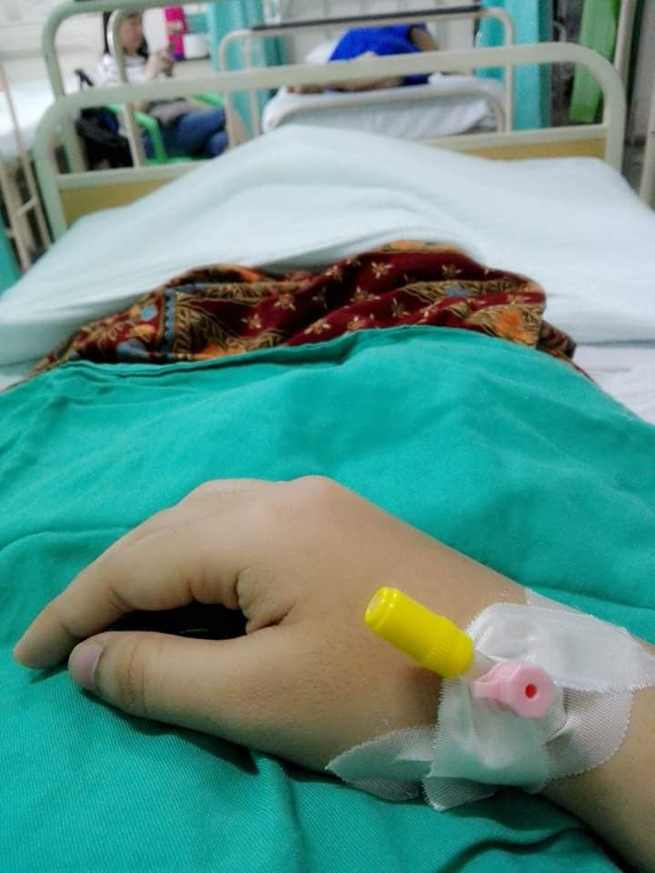 Padah Makan Pil Kurus Ke-16 Usus Wanita Ini Bengkak, Akhirnya Dibedah