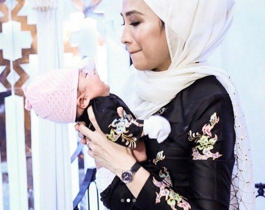 'Tengok Aku Suap Anak, Menitik Air Mata Dia' Terharu Cara Ozlynn Bahagiakan 'Pengasuh'