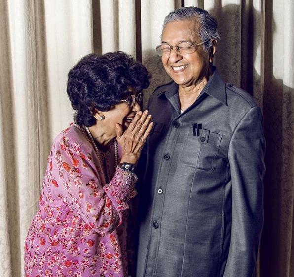 64 Tahun Hidup Bersama, Tun M Dedah 2 Kunci Utama Rumahtangga Kekal Bahagia Dengan Tun Hasmah!