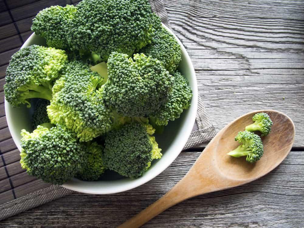 Kajian Buktikan 3 Bulan Makan Seulas BAWANG PUTIH, Dapat Turunkan Darah Tinggi