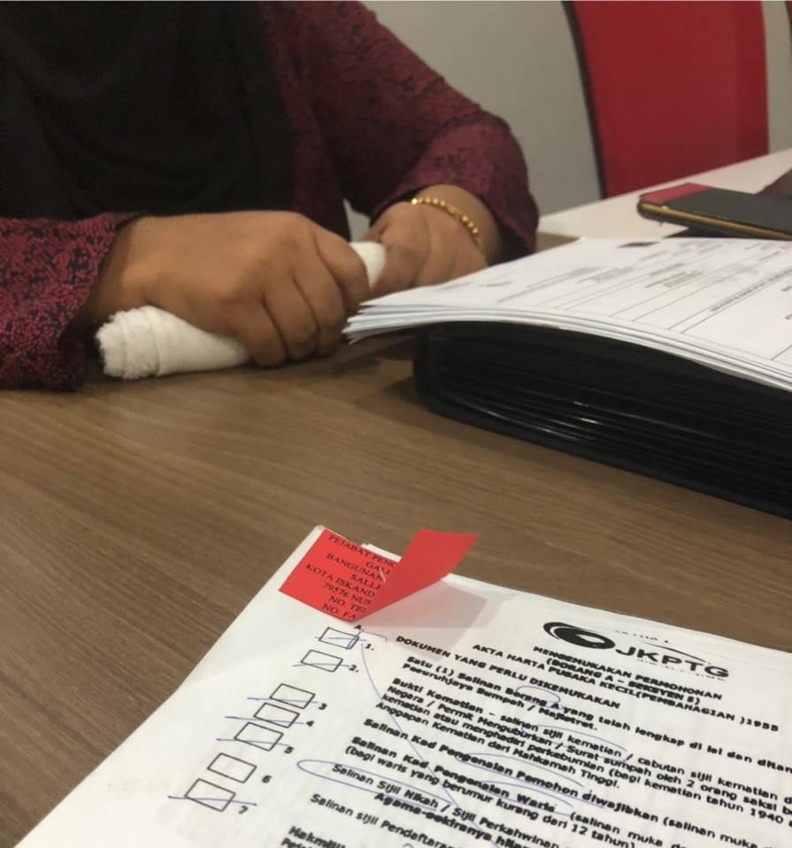 Gara-gara Tak Tahu Cara Tuntut Harta Pusaka Selepas Suami Meninggal, Isteri 'Ditendang' Bak Bola