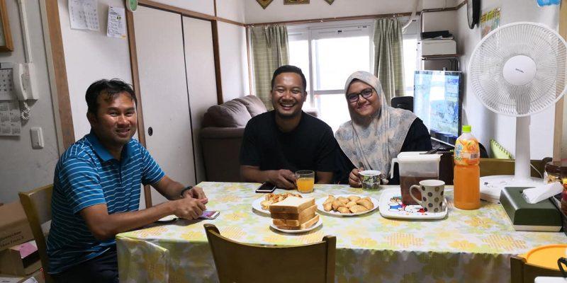 Mulianya Hati Wanita Ini, Masakkan Menu Malaysia Buat Mangsa Taufan Di Osaka