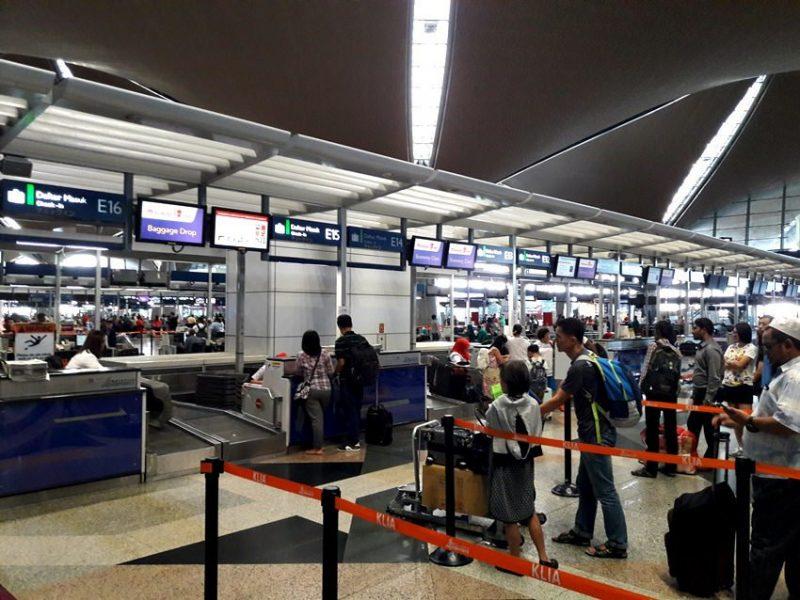 Ingat! Jangan Memandai Bawa Barang 'Orang' Di Lapangan Terbang, Walau Atas Dasar Simpati
