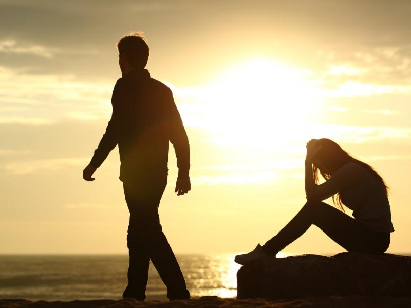 Keluarga tak restu hubungan cinta kerana beza darjat