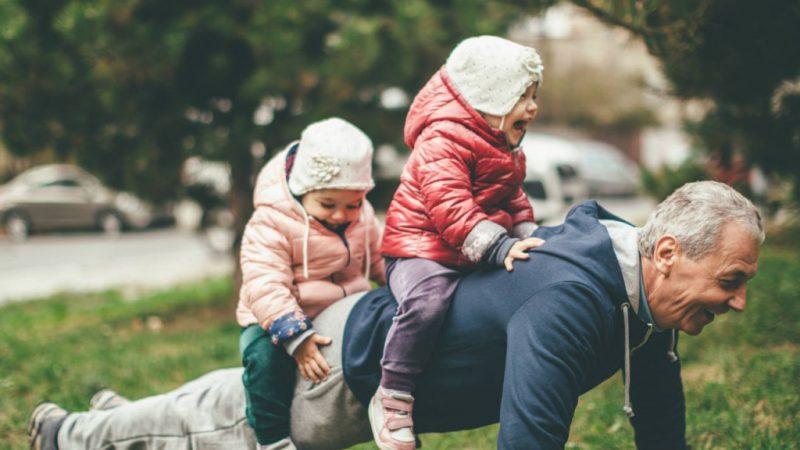 Emak Memang Tak Tolak Jaga Cucu, Sepatutnya Anak-anak Lah Kena Faham