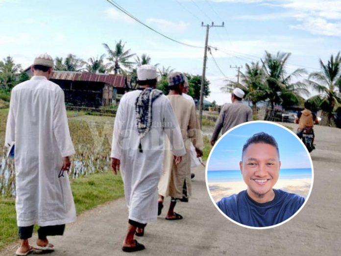Dalam Belukar Ini Ada Masjid Yang Dah Mati, Kita Akan Bermalam Di Situ