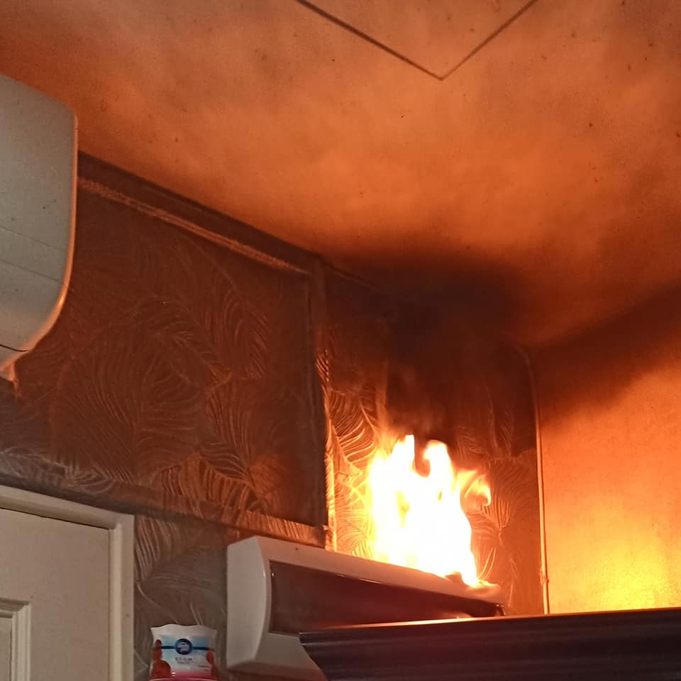 Sebab Tak Panik Capai Pemadam Api, Ibu Selamatkan 4 Anak Dari Kebakaran