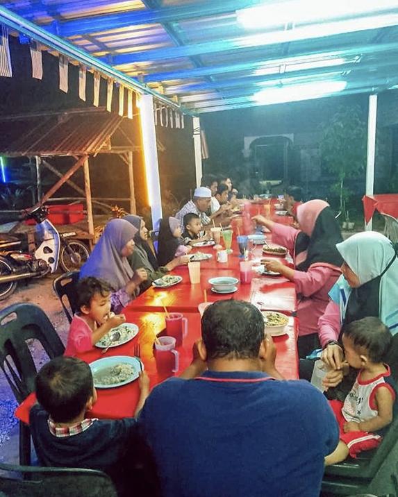 Pesan Da'i Hamidah, Sibuk Sekali Pun Kena Ada Masa Dengan Keluarga