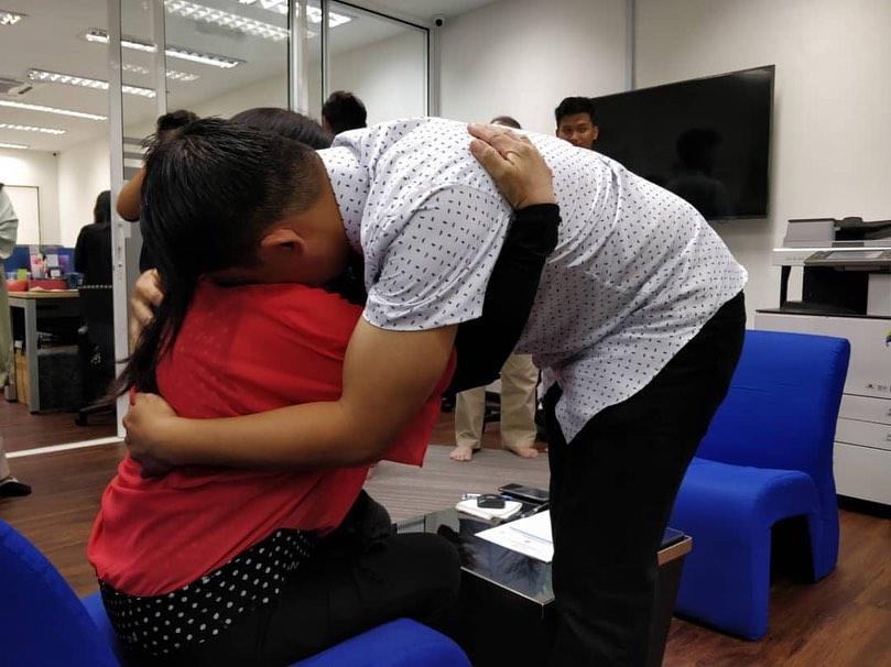 'Syahadah Paling Gementar' Selepas 14 Tahun, Ibu Firdaus Wong Menuturkannya