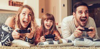 Tak Perlu Jalan-jalan, Duduk Rumah Pun Boleh Bahagiakan Hati Anak Isteri