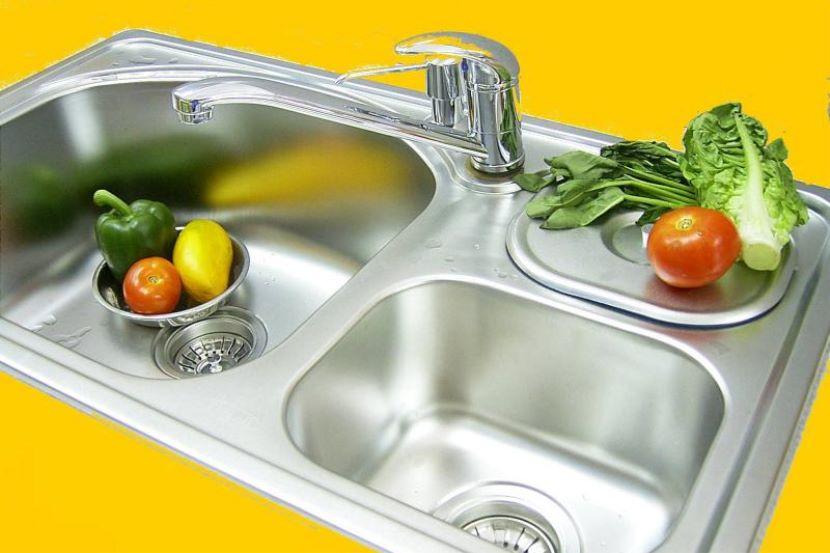 Covid-19 : Cara Ini Lebih Selamat Beli Makanan Bungkus, Online