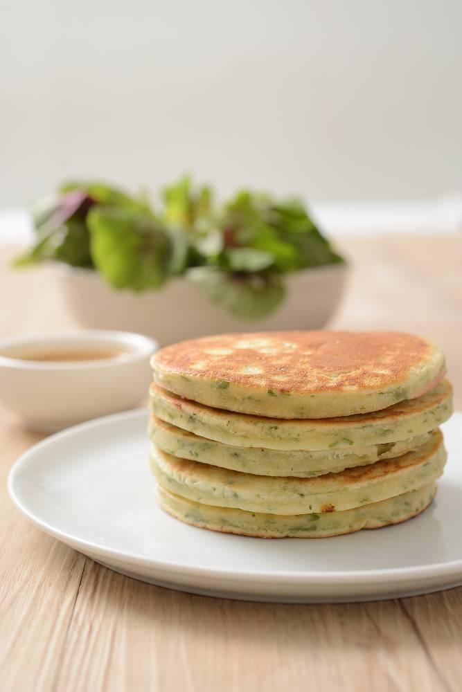 Bayam Boleh Masak Bermacam Resipi, Cubalah Lempeng, Tart Dan Permesan Spinach Souffle Ini!
