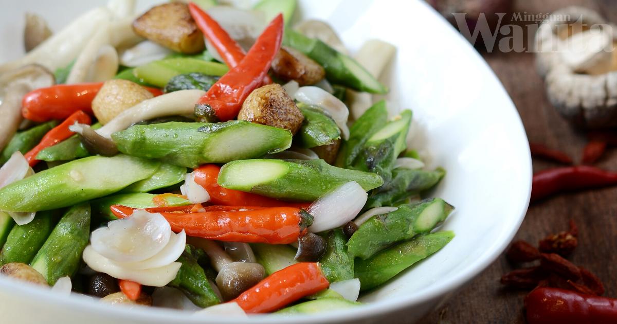 Hidangan Cina Asli Kaya Aroma Dan Khasiat, Sedap Pulak Tu!