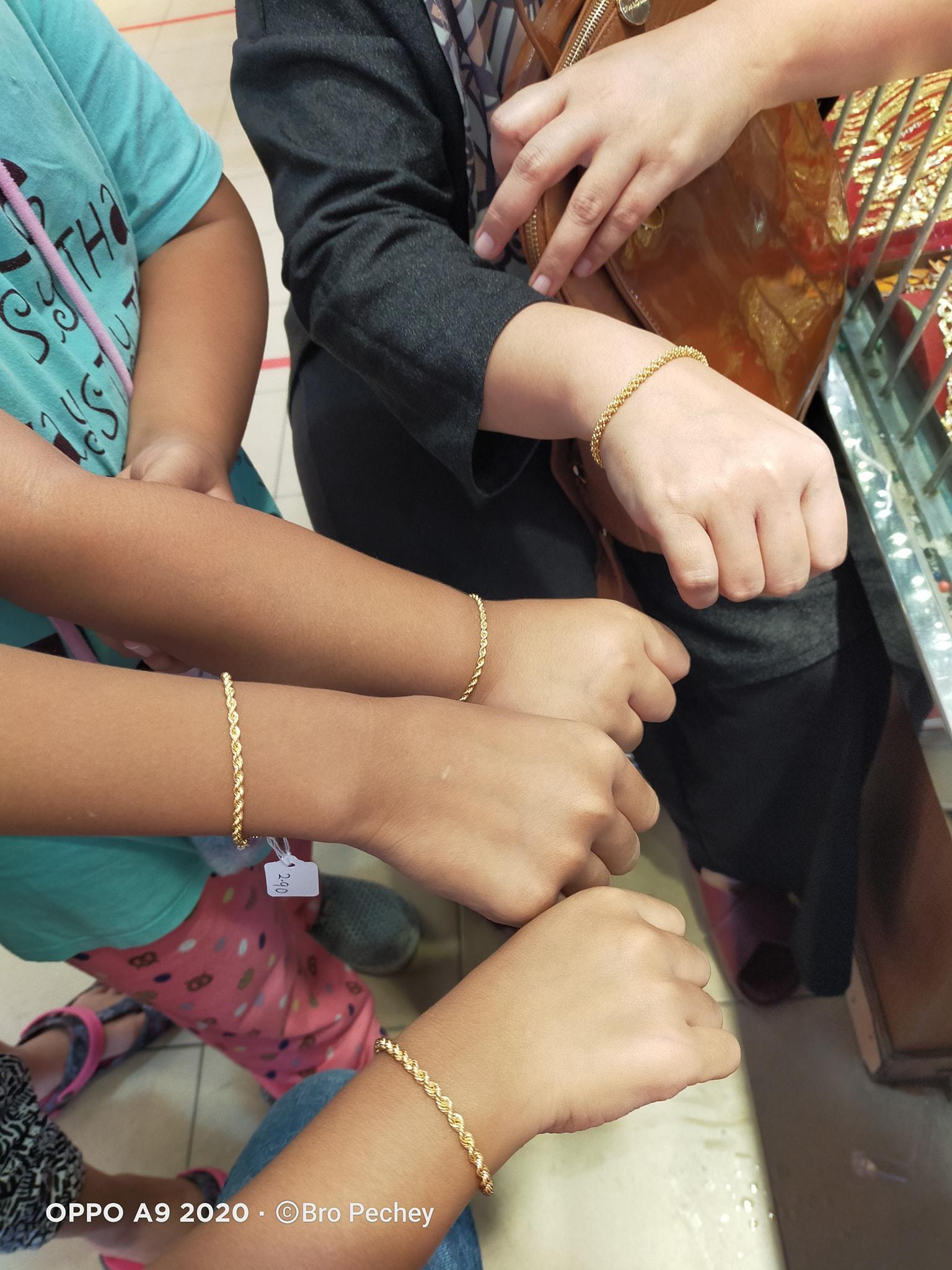 Dengan Duit Moratorium Ayah Belikan Setiap Anak, Isteri Seutas Gelang Emas