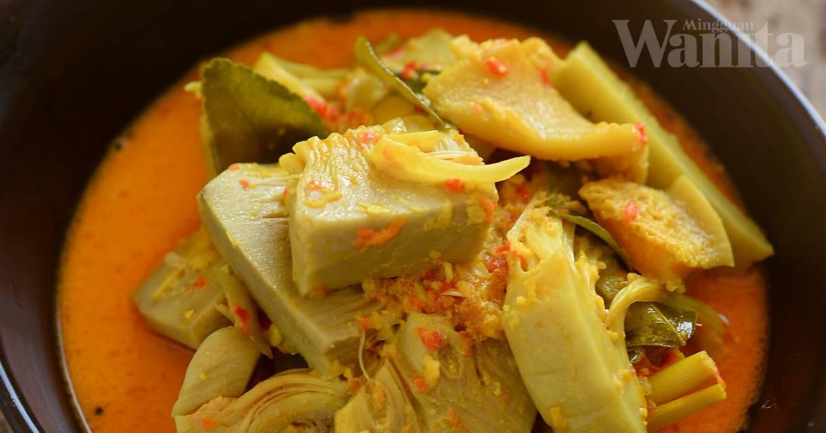 Masakan Tradisi Gulai Minang Nangka Babat Dan Ikan Pari Asam Tumis Berempah Terung
