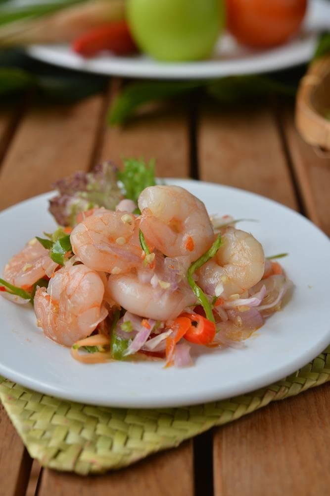 Keenakan masakan asli Melayu tak dapat dinafikan lagi. Ia kaya dengan pelbagai perisa yang memukau deria rasa untuk menikmatinya.