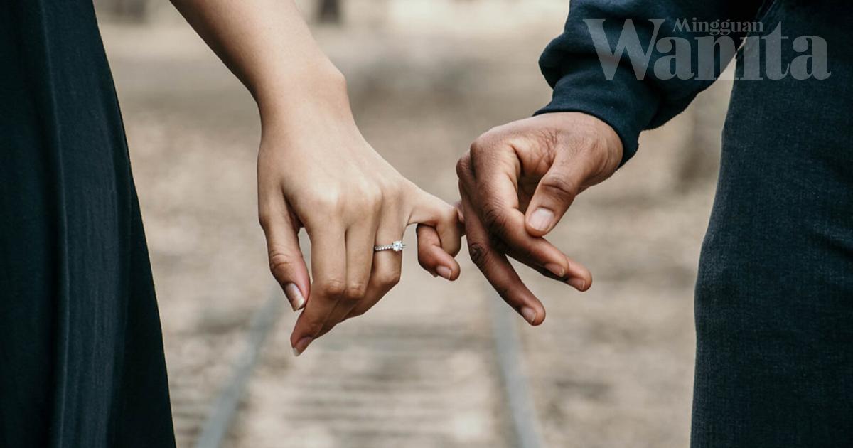 Suami Kena Peka Bila Tengok Isteri Sedih, Bertanyalah Tanda Prihatin!