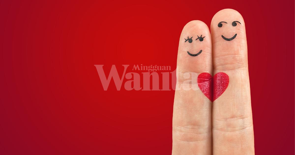 Jatuh Cinta Dengan Suami Sahabat Sendiri!
