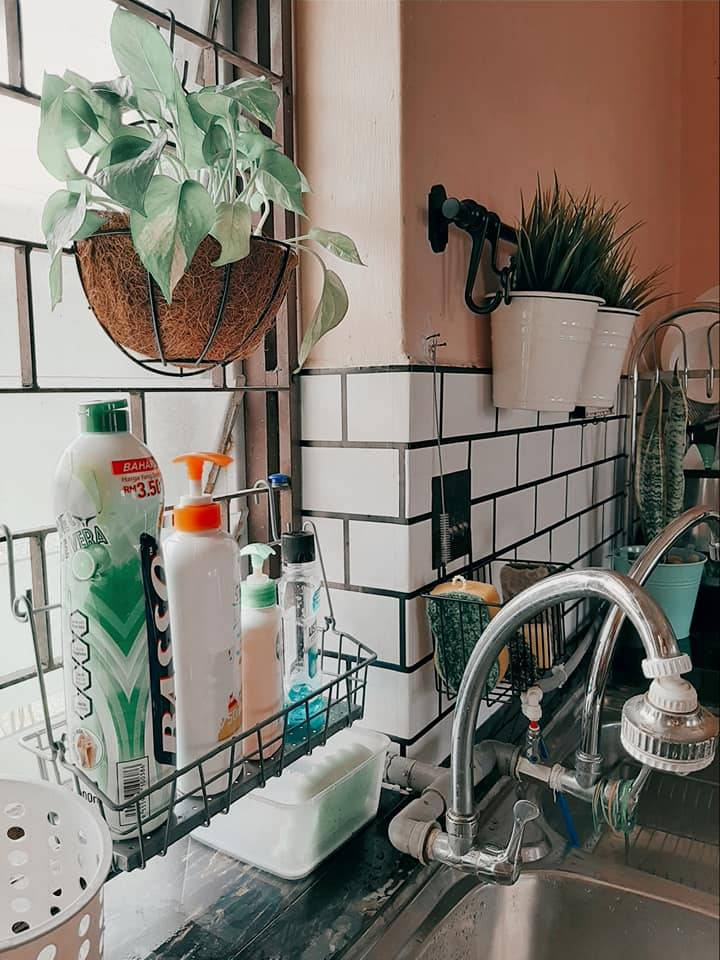Guna Rak Kasut Susun DECLUTTER Barang Dapur Bawah Sinki, Kemas Hasilnya