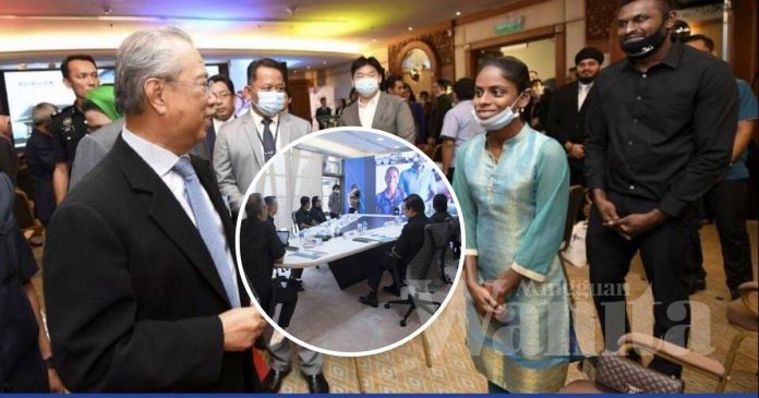 Rezeki YouTuber Sugu Pavithra Jumpa PM, Punyalah Tergamam Sampai Tersekat Kata-kata