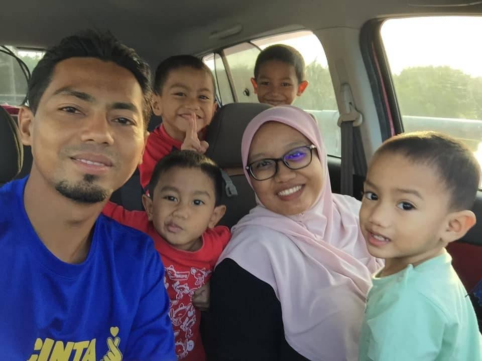 Ujian Ibu Anak 8, Ada Masa Penat.. 'Menangis Sampai Basah Bantal'