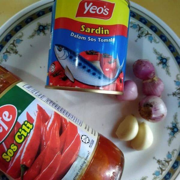 Lempeng Gulung Inti Sardin, Celup Telur Sebelum Goreng, Rangup Dimakan!