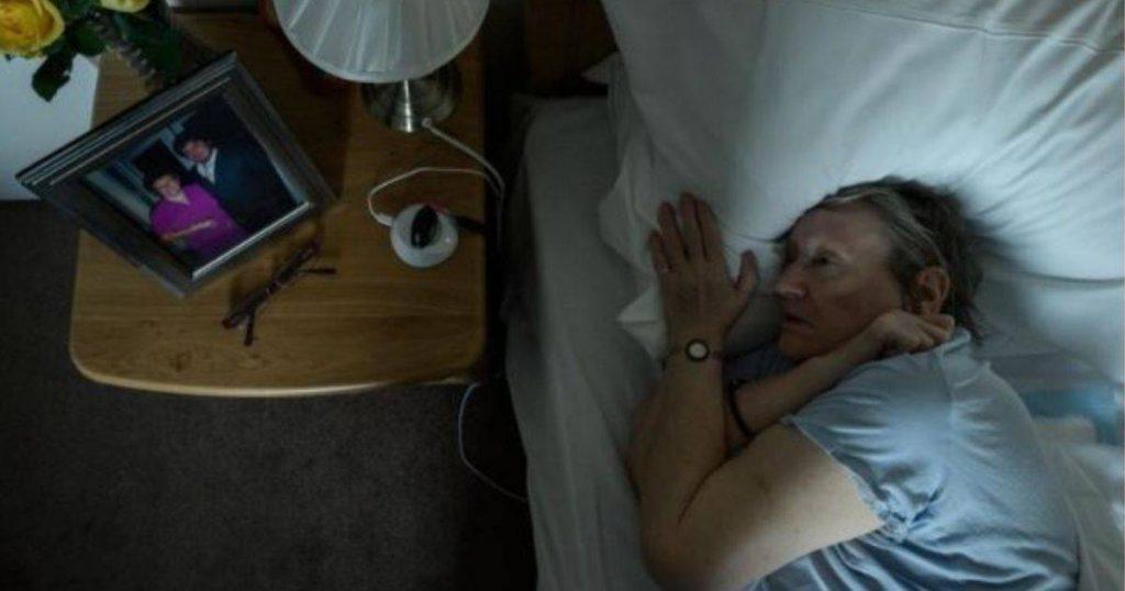 Anak Rakam Tahun-Tahun Akhir Ibu Hidap Demensia Dalam Projek Foto Unik