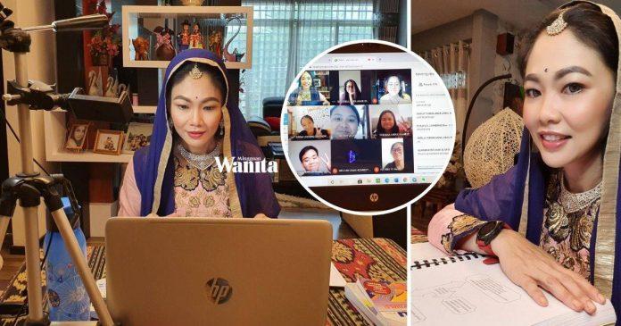 Walau Seorang Saja Pelajar Sambut Deepavali, Cikgu Nancy Pakai Sari Dalam Google Meet