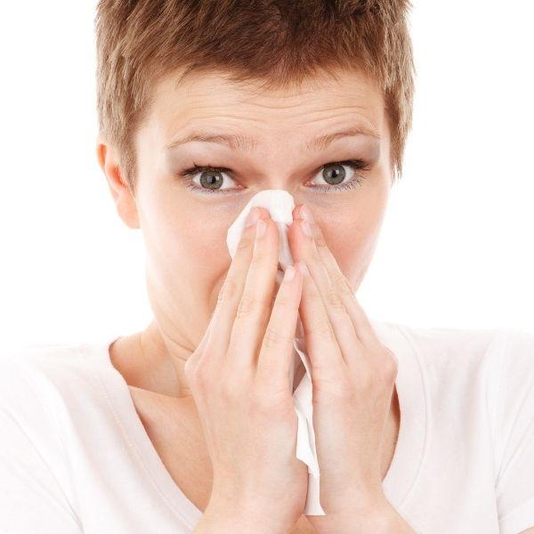 Asyik Bersin, Hidung Berair Pada Waktu Pagi? Mungkin Ini Puncanya!