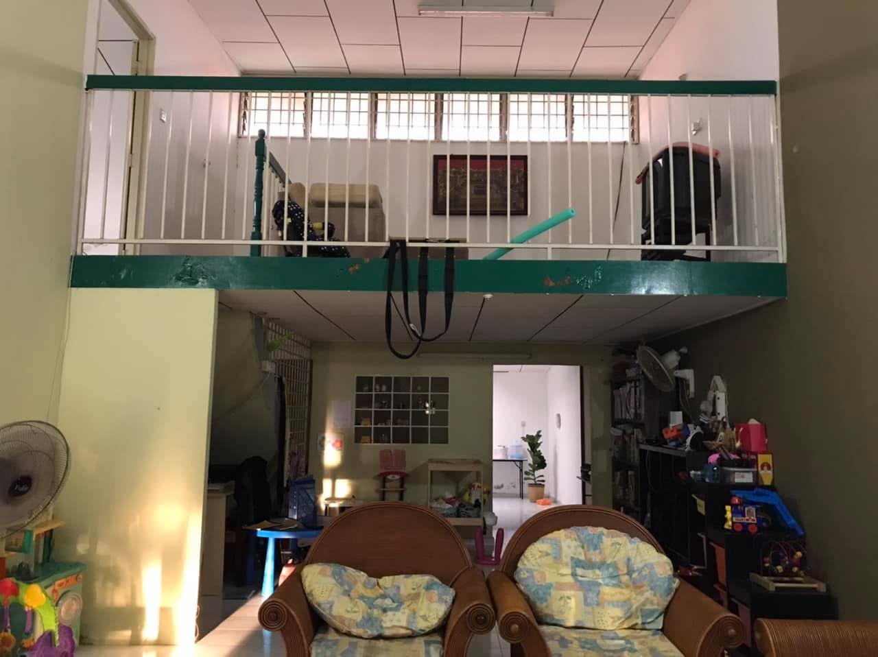 Cantiknya, Rumah Usia 30 Tahun Diberi 'Nafas Baru', Lotengnya Memang WOW!