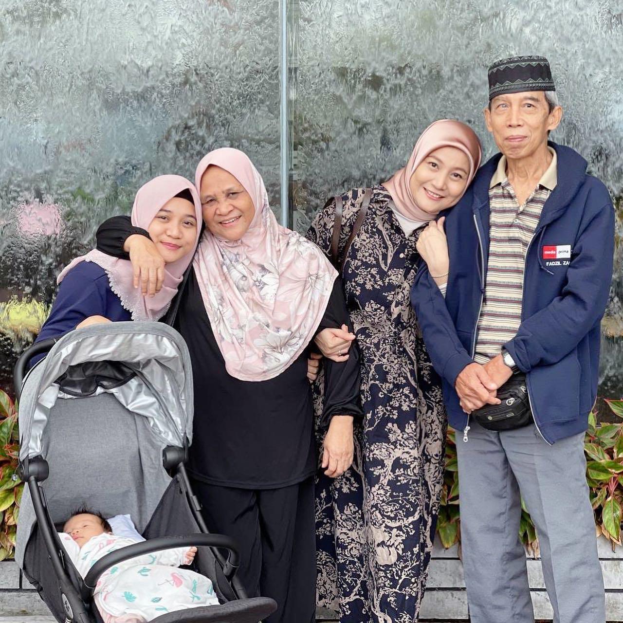 ahli-keluarga-ibu-ayah-yana-samsudin